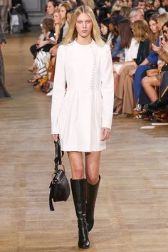 Chloé Fall 2015 Ready-to-Wear - Collection - Gallery - Style.com http://www.style.com/slideshows/fashion-shows/fall-2015-ready-to-wear/chloe/collection/6