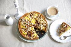 Denne vil garantert falle i smak hos både store og små. Doughnut, Cakes, Store, Desserts, Food, Tailgate Desserts, Deserts, Mudpie, Storage