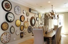 Interesting wall decor ~Roses and Rust: Monday Musings - Collecting and Collections Clock Decor, Wall Decor, Clock Wall, Wall Clock Collage, Interior Design Living Room, Living Room Decor, Decoration, Family Room, Sweet Home