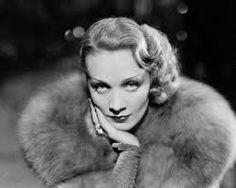 Baúl de noticias - Bagul de notícies: 25 años de la muerte de Marlene Dietrich