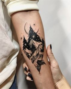 50 Amazing And Unique Arm Tattoo Designs For Women - Page 6 of 50 - Tattoos I . - 50 Amazing And Unique Arm Tattoo Designs For Women – Page 6 of 50 – Tattoos I … – - Wolf Tattoos, Cute Tattoos, Beautiful Tattoos, Body Art Tattoos, Tattoos For Guys, Amazing Tattoos, Tatoos, Woman Arm Tattoos, Bicep Tattoo Women