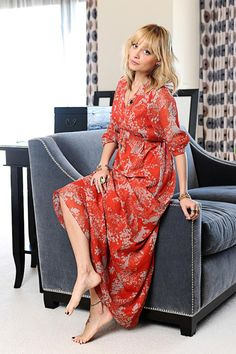 TO DIE! Nicole Richie for QVC