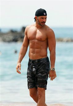 Just stare at Joe Manganiello. Wow. See more hot celebs on Wonderwall: http://on-msn.com/1xdP0yF