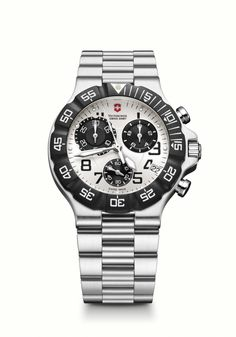 Summit XLT Chrono is a large dial men's watch Rolex Watches, Watches For Men, Swiss Army Watches, Victorinox Swiss Army, Black Rubber, Stainless Steel Case, Chronograph, Jewelry Watches, Engagement Rings