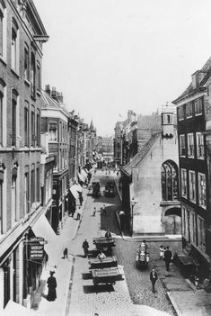 Old Pictures, Pretty Pictures, Old Photos, Rotterdam, I Amsterdam, Bucharest, Historical Pictures, Old City, Vintage Photography