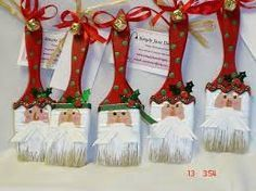 Easy-to-Make Christmas Crafts for Kids (I'm Learning the Bible Activity Book) - My Cute Christmas Diy Christmas Ornaments, Christmas Projects, Holiday Crafts, Holiday Fun, Christmas Ideas, Santa Ornaments, White Ornaments, Noel Christmas, Homemade Christmas