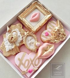 Glam cookies shared by JolavyRose on We Heart It Fondant Cookies, Royal Icing Cookies, Cupcake Cookies, Sugar Cookies, Valentines Day Cookies, Valentine Cookies, Fancy Cookies, Cute Cookies, Wedding Cookies