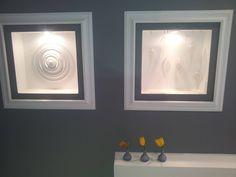 Foloseste ancadramentele decorative intr-un mod original!    #profiledecorative, #plinta, #rozeta, #cornisa, #bagheta Bathroom Lighting, Profile, Mirror, Furniture, Design, Home Decor, Bathroom Light Fittings, User Profile, Bathroom Vanity Lighting