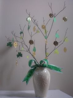tree with 4 leaf clovers and gold coins for St. Patty's day- St Patricks day tree (The Irish saint, not the american one) by katy St Pattys, St Patricks Day, Saint Patricks, Celtic, Easter Arts And Crafts, St Patrick's Day Decorations, St Paddys Day, Pot Of Gold, Luck Of The Irish