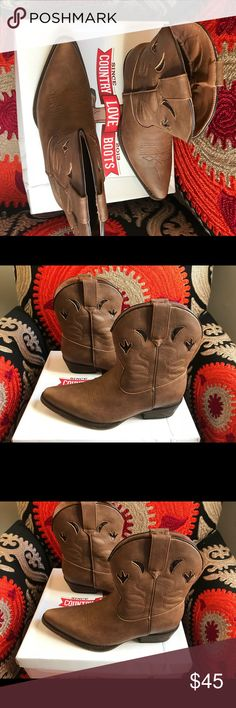 Country Boots Never worn country boots Shoes Ankle Boots & Booties