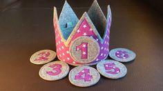 "Geburtstagskrone ""lila Sterne"" von Fliegenpilz Ag - Ricarda auf DaWanda.com Baby Kind, Cute Designs, Kindergarten, Birthdays, Sewing, Holiday Decor, Berg, Beanie, Ideas"
