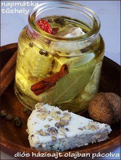 Diós házisajt olajban Gourmet Gifts, Kefir, Pickles, Feta, Cucumber, Mason Jars, Cooking, Artisan Food, Dios