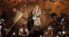 Taylor swift rocked the 2012 grammys with Mean