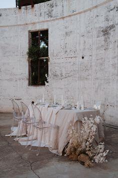 Destination Wedding Decor, Wedding Events, Wedding Reception Decorations, Wedding Table, Wedding Designs, Wedding Styles, Modern Wedding Inspiration, Wedding Place Settings, Bride Look