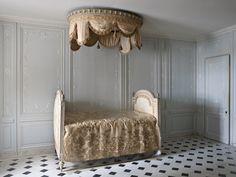 Chateau de Versailles Le Petit Appartement de la Reine Salle de Bains