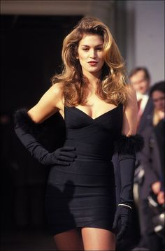 Celebrities in Gloves — Cindy CrawfordYou can find Cindy crawford and more on our website.Celebrities in Gloves — Cindy Crawford Fashion 90s, Fashion Weeks, Look Fashion, Runway Fashion, Fashion Dresses, Vintage Fashion, Gloves Fashion, Fashion Women, Celebrities Fashion