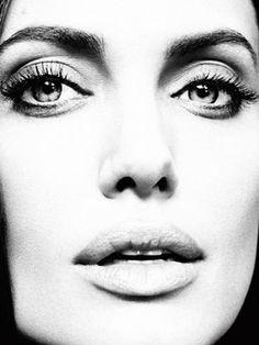 Angelina Jolie #Angelina_Jolie