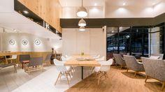Imagem 1 de 21 da galeria de Café Murasaki / FATTSTUDIO. Fotografia de Tinnaphop Chawatin