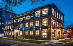 Shift Workspaces opened a new shared office space last week at Avenue and Bannock Street. Office Building Architecture, Industrial Architecture, Building Exterior, Brick Building, Facade Architecture, Mix Use Building, Building Design, Townhouse Designs, Shared Office