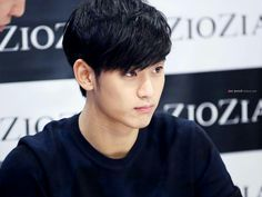 Kim Soo Hyun. I could stare at your picture the whole day