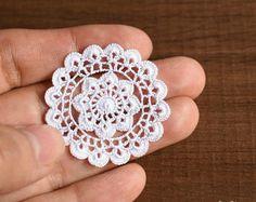 Dollhouse round doily 1.4 inches, 1:12 crochet miniature decor, white small doily, model #72