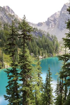 Hike to Blue Lake in Washington State