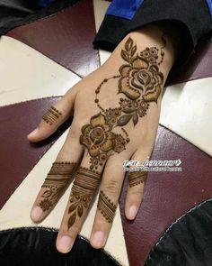 Khafif Mehndi Design, Finger Henna Designs, Latest Bridal Mehndi Designs, Simple Arabic Mehndi Designs, Mehndi Design Pictures, Mehndi Designs For Girls, Wedding Mehndi Designs, Mehndi Designs For Fingers, Mehndi Designs For Hands