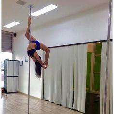 Nuestra quinta participante @jacksmar es integrante de nuestra academia @poledanceprogym !!! sus entrenamientos diarios han hecho mejorar su flexibilidad fuerza y fluidez en el Pole. Le deseamos mucha suerte!! by poledanceprogym