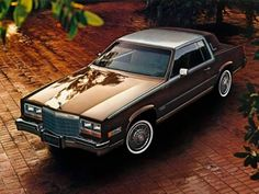 Cadillac Eldorado Biarritz I Owned a Gold Copper Colored One With Half Sainles Steel Roof for about Six Years She was Gorgeous. Cadillac Ct6, Cadillac Eldorado, Classic Chevy Trucks, Classic Cars, 70s Muscle Cars, Gm Car, Buick Riviera, Diesel Cars, Unique Cars