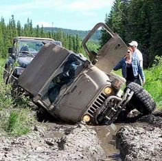 Jeep TJ Wrangler stuck in the mud Jeep Jk, Jeep Wrangler Tj, Jeep Wrangler Unlimited, Jeep Truck, Hummer, Badass Jeep, Cool Jeeps, Mercedes, Off Road Racing