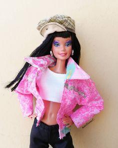 #ootd #Barbie #barbielife #barbielover #barbiestyle #barbiemattel #barbiemalaysia #dollphotography #dollstagram #dollphotogallery #dollcollector #guyswithdolls #bestbarbiephoto #fashionbarbie #fashiondoll #retro #vintage #streetstyle #streetwear #streetfashion #mixnmatch #photography