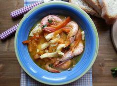 """Brodetto alla """"sambenedettese"""": Una ricetta tipica della mia città nativa, San Benedetto del Tronto. Una zuppa di pesce ricca di gusto e sapore, leggermente piccante e ottimo piatto unico. Nelle Marche, il brodetto alla """"sambenedettese"""" è tra le ricette più ricercate e gradite, ogni famiglia possiede la """"sua"""" ricetta, ..... #WonderfoodItaly #FrancescoBruno"""