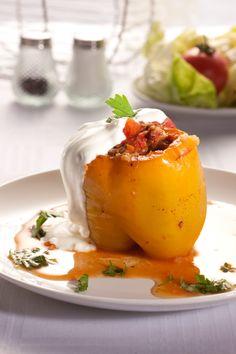 Ardei umpluți - stuffed bell peppers Romanian