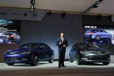 All-new 2015 Chrysler 200 makes Canadian debut with four other unveilings at 2014 CIAS