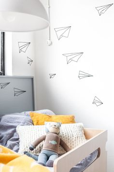 Paper airplane wallpaper