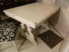 Shabby chic dining table $400