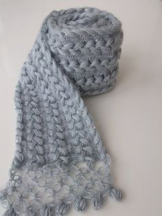 cool way to make a scarf, braided hairpin lace.
