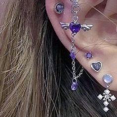 Ear Jewelry, Cute Jewelry, Body Jewelry, Jewelry Accessories, Bijoux Piercing Septum, Cartilage Piercings, Body Peircings, Lip Piercing Ring, Ear Piercings Chart