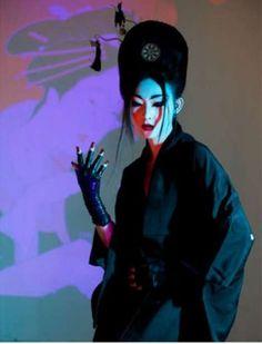 Coiffure / mix geisha fashion fetish --- Punk Geisha Photography - 'Cherry Blossom Girl' by Nicoline Patricia Malina is Culturally Glamtastic (GALLERY) Girl Photography, Fashion Photography, Cherry Blossom Girl, Memoirs Of A Geisha, Manado, Grunge Hair, Creative Portraits, Japanese Art, Japanese Geisha