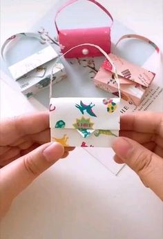 Diy Crafts Hacks, Diy Crafts For Gifts, Diy Crafts Videos, Crafts For Kids, Kids Diy, Cool Paper Crafts, Paper Crafts Origami, Diy Paper, Instruções Origami