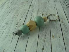 Schlüsselanhänger - Geo - Schlüsselanhänger Holzkugeln mint grau natur - ein Designerstück von buntezeiten bei DaWanda