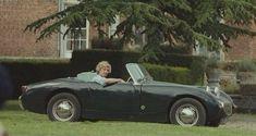 "Austin-Healey Sprite (""Frogeye"", or ""Bugeye"" in US) 1958 - 1962 #AlexPettyfer #WildChild"