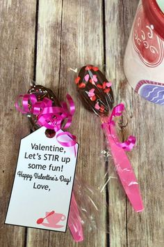 You asked about valentine gifts ideas, so I created this checklist of the most practical valentine gifts suggestions out there. Friend Valentine Gifts, Valentine Gifts For Kids, Diy Valentine, Valentines Gifts For Boyfriend, Happy Valentines Day, Diy Projects To Sell, Gift Suggestions, Some Fun, Bakery