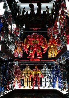 Iron Man Collection Armory (MarvelLegends.net)  // Pinned by: Marvelicious Toys - The Marvel Universe Toy & Collectibles Podcast [ m a r v e l i c i o u s t o y s . c o m ]