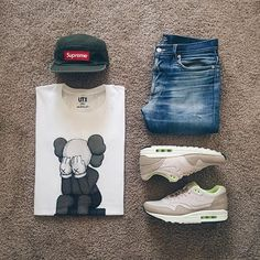 WEBSTA @ ldn2hk - Streetwear Saturdays. #outfitgrid @outfitgrid @dennistodisco // Cap: #supreme // Denim:…