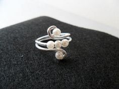 wire & pearl ring