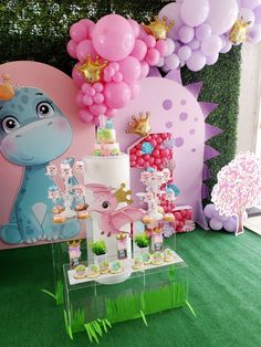 Girl Dinosaur Birthday, Girl Birthday, Baby Dinosaurs, Fiesta Party, Perfect Party, Birthday Decorations, Party Time, Backdrops, Balloons