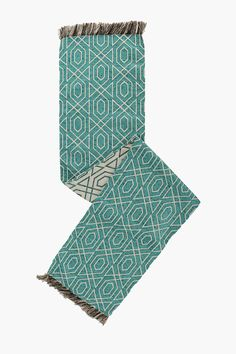 https://www.mrphome.com/en_za/sloane-geometric-table-runner-5303032382. R179 table runner.  Image