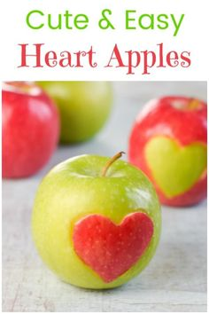 These easy Heart Apples make a cute and healthy Valentines Day food idea for kids - fun food tutorial valentineshearts Valentines Healthy Snacks, Valentines Day Food, Valentines Hearts, Cute Food, Good Food, Coconut Oil Fudge, Chocolate Protein Powder, Magic Recipe, Vegan Granola