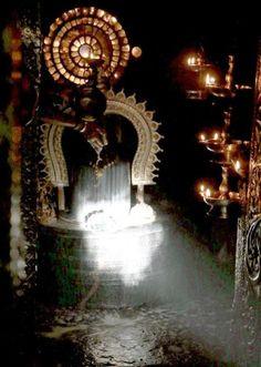 Sun Light on Shiv Lingam in Sun Rays on Shiv Ling in Gavi Gangadhareshwara Temple